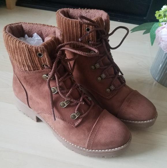 Girls Hiking Boots | Poshmark